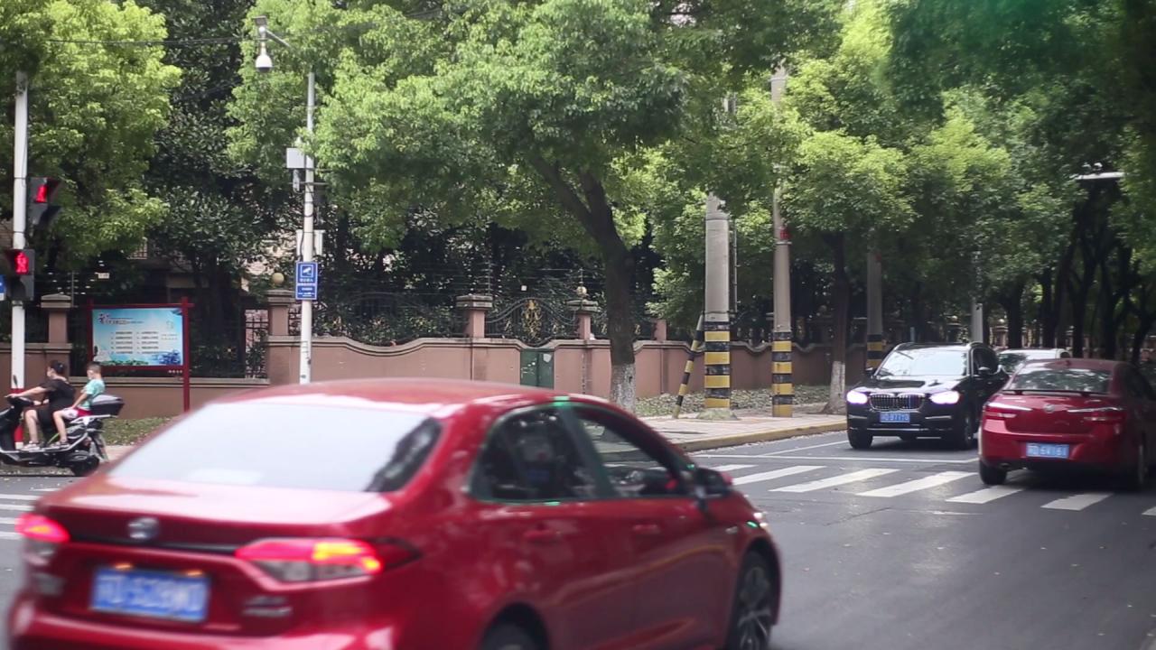 实拍常州老城天宁区街景高清视频素材-MOGRT